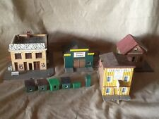 HO Buildings Set, Lot of 9 different buildings and 1 storage container