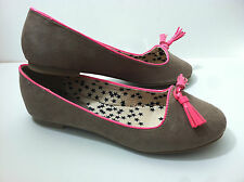 Princess Vera Wang Ballet Flats Juniors Shoes Dara Manmade Taupe Sz.8 NEW