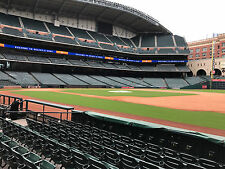 2 Tickets Astros Vs White Sox FIELD BOX SECTION 127 ROW 7 AISLE SEATS! 9/21/17