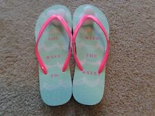 NWT Brand  Summer flip flops from Aeropostale lld go with the waves pattern NWT