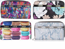 LE SPORTSAC LILY CLASSIC ZIP AROUND WALLET - RETIRED PATTERNS