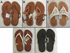 BRAND NEW AMERICAN EAGLE WOMEN FLIP FLOP SANDALS BROWN WHITE SIZES 6, 7