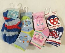 3 PAIRS BABY SOCKS- BOYS AND GIRLS- SIZES 0-0 AND 0-2.5  4 DIFFERENT DESIGNS