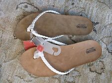 Womens Mossimo Odele Flip Flops White Size 6/ 7/ 11 NEW