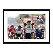2016 Tour de France Mark Cavendish 1st Yellow Jersey Photo Memorabilia (843)