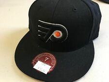 NWT PHILADELPHIA FLYERS BLACK LOGO MITCHELL & NESS FLAT BRIM FITTED HAT