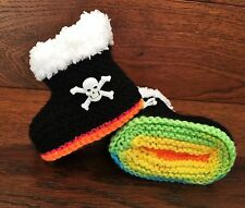 Baby Goth Emo Punk Hand Knitted Crochet Booties Boots Skulls 0-12M Black multi