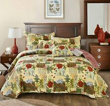 Tache Festive the Holly and the Ivy Patchwork Quilted Bright Bedspread Set