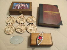 House of Anubis ULTIMATE GIFT SET replica open-up locket, 6 Amulets, Book of Isi