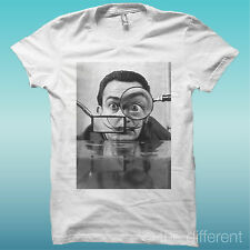 """T-SHIRT """" SALVADOR DALI' WRITER """" WHITE THE HAPPINESS IS HAVE MY T-SHIRT NEW"""