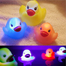 Toy Duck Baby Bath Toy Auto Color Changing LED Lamp Light Vinyl Toy Teether