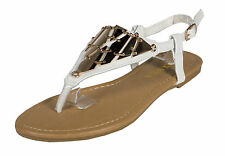 Saber-26! RCK Bella Metal Decor Triangle Thong Flat Sandals in White Leatherette
