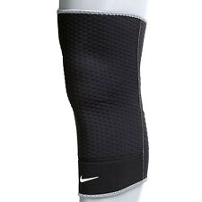 Nike 0153020 Closed KNEE SLEEVE Protector Compressive Support 1PC