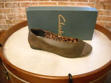 Clarks Grey Suede Ruched Poem Fable Captoe Ballet Flats NEW