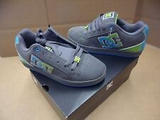 DC Shoes Women's Cosmo SE Gray Suede Skateboarding Shoes 302950