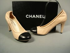 CHANEL CLASSIC GATHERED BLACK BEIGE LAMBSKIN ROUND TOE PUMPS HEELS CC 38 NEW