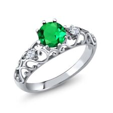 0.85 Ct Round Green Simulated Emerald 925 Sterling Silver Ring