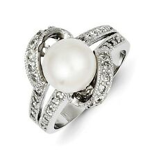 Sterling Silver Round White Simulated Pearl and CZ Ring 3.77 gr Size 6 to 8