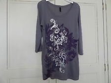 LADIES PRETTY SOFT GREY DECORATED LONG SLEEVED TOP SIZE 14
