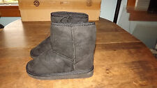Ladies Microfiber Boots with Faux Fur Lining NWT Tan or Black Free US Shipping