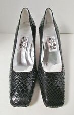 NEW TIMOTHY HITSMAN EMBOSSED LEATHER PUMPS SCULPTED HEEL IN RED OR BLACK SZ 6 M