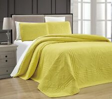 NEW Twin XL Full Queen Cal King Bed Yellow 3 pc Coverlet Quilt Bedspread Set NWT