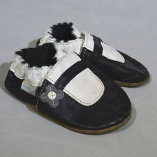 Robeez Baby Infant Shoes Black White Gray Leather Sole Flower Size 6-12 Months
