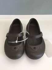 NWT CROCS Girls Alice Chocolate Brown Mary Jane Flats Sandals Shoes 12/13