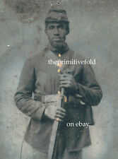 CIVIL WAR AFRICAN AMERICAN RIFLE ICONIC IMAGE HANDSOME PROUD MAN TINTYPE PHOTO