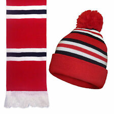 Manchester United Colours Retro Knitted Hat & Scarf Gift Set