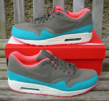 NIKE AIR MAX 1 ESSENTIAL  MENS  BNIB  HARD TO GET COLOUR SALE PRICE BUY NOW.