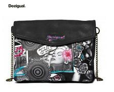 Borsa DESIGUAL pochette con tracolla catenella Desigual shoulder bag with chain