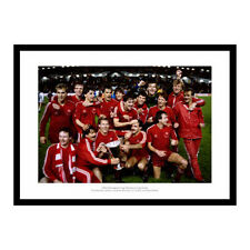 Aberdeen 1983 European Cup Winners Cup Team Celebrations Photo Memorabilia (735)