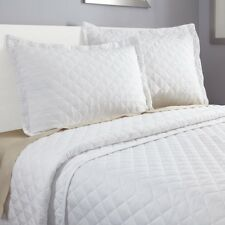 3 Piece Quilt Set Bedspread Coverlet by Clara Clark - Set includes Quilt & Shams
