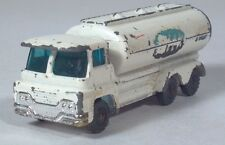 "Husky Vintage Dairy Tanker Milk Guy Warrior Truck 2.75"" Die Cast Scale Model"