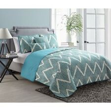 NEW Full Queen King Bed White Teal Chevron Reversible 5 pc Quilt Set Coverlet