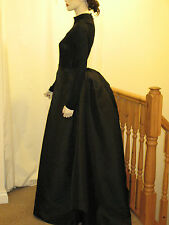 Victorian / Edwardian Style Ladies Black Bustle Skirt/Fancy Dress