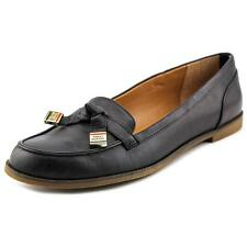 Tommy Hilfiger Letyan   Round Toe Leather  Loafer NWOB