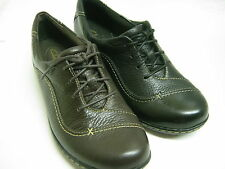 CLARKS LADIES LACE UP LEATHER SHOES IN BLACK OR BROWN EMBRACE BROOK