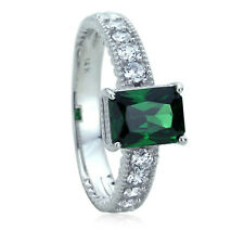 Women's Fine band 14K White Gold 1.5 ct Simulated Emerald CZ Engagement Ring