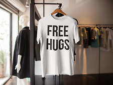 FREE HUGS T-SHIRT FUNNY NOVELTY GIFT PRESENT BOYFRIEND GIRLFRIEND
