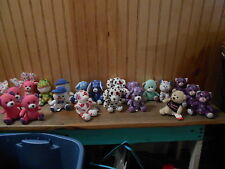 LOT OF BUILD A BEAR... ANIMALS... TOTAL OF 20...
