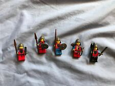 Vintage LEGO Castle Crusaders 5 minifigures, weapons, shields 1980s