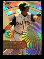1999 KEN GRIFFEY, JR. Paramount Personal Bests #32 SP RARE BEAUTY!