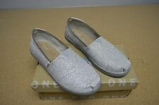 Toms Classic Silver Glimmer Youth Girl's Shoes Slip On Flats