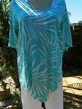 BNWT Plus Size V Bottom Mint Printed Tunic Top –Sizes 18, 20, 22, 24, 26, 28,30