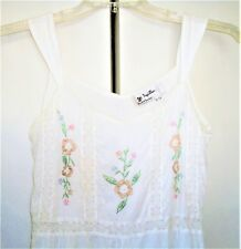 Papillon Los Angles ~ Beautiful White Embriodered Sundress with Lace ~ Size S/CH
