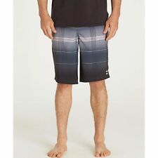 NWT MEN'S BILLABONG ALL DAY PLAID PLATINUM X BOARDSHORTS BLACK GRAY SIZE 40