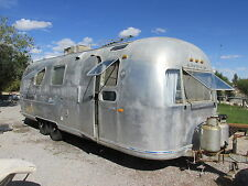 1971 Airstream Overlander International 27 Foot Aluminum Travel Trailer RV