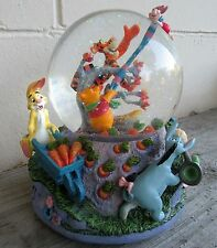 """Disney's Winnie the Pooh & Friends """"Blustery Day"""" Musical Snow Globe, RETIRED"""